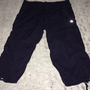 Lululemon Navy Tie Bottom Capri Pants